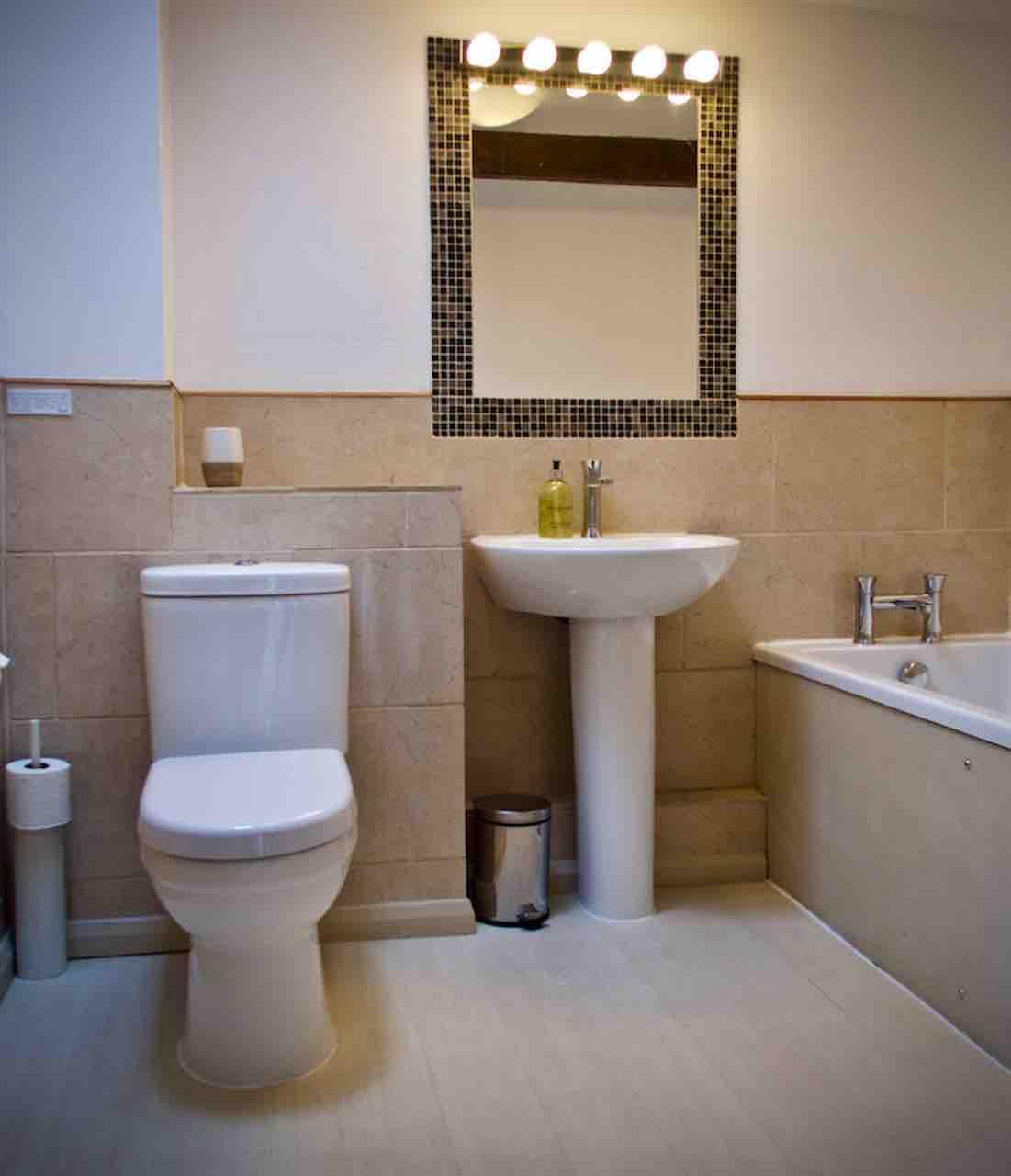 Butterdon's modern upstairs bathroom